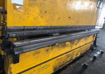 #04852 – Dobladora LVD 4000mm×250 tons