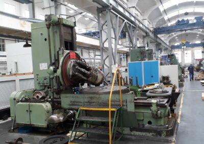 #05274 Generadora de engranes TOS FO25