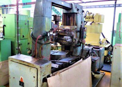 #05503 Generadora de engranes TOS FO6